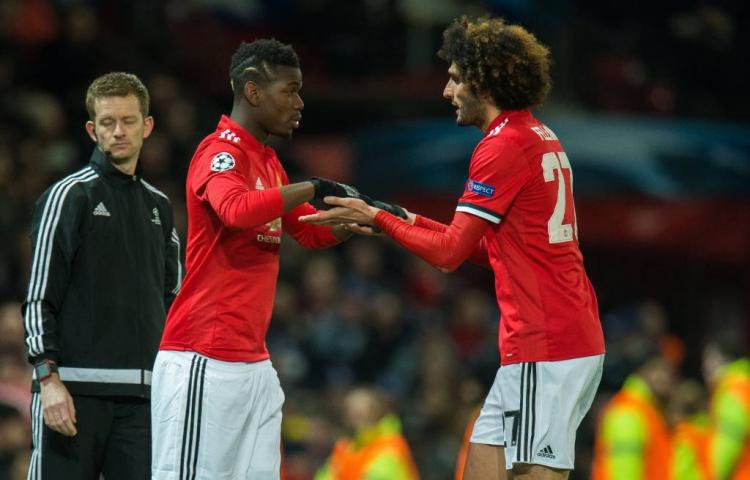 Manchester United roept leed over zichzelf af