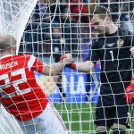 Rusland pakt stappende internationals aan
