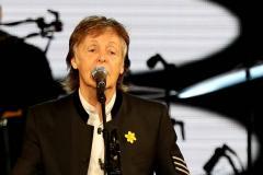 Paul McCartney roert James Corden tot tranen