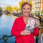 Carry Tefsen presenteert haar biografie