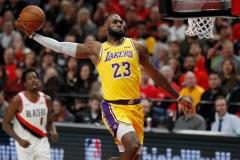 LeBron James verliest met Lakers